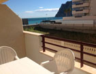 One bedroom apartment with a privileged location in Calpe, on the beach of the Playa de Levante! The complex in Calpe Topacio III is located to about 2.5 km from the center of Calpe and 1 km from the port.